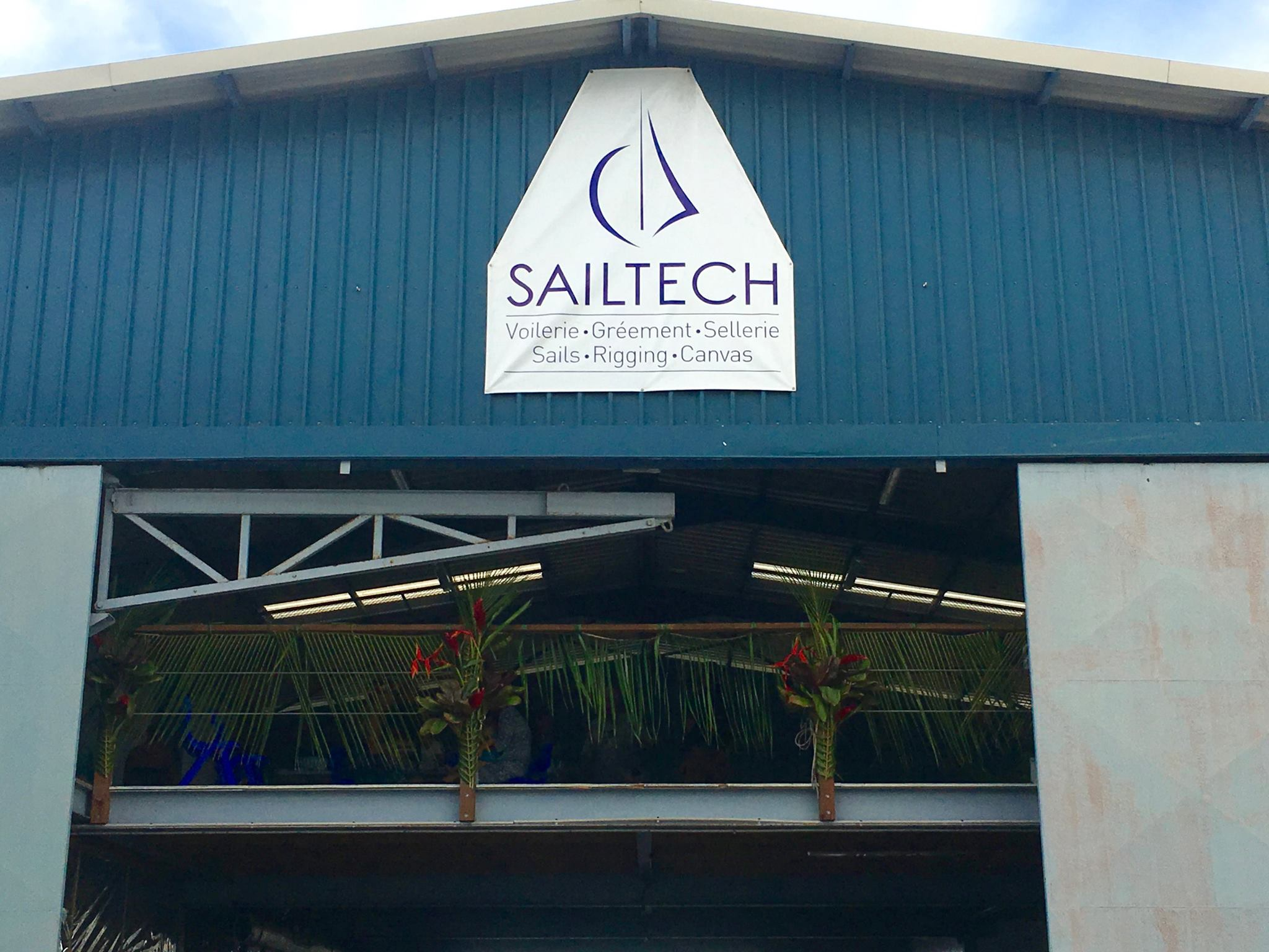 sailtechtahiti-8.jpg